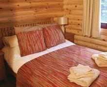 Snaptrip - Last minute cottages - Wonderful Nr Morpeth Lodge S75280 - Typical Bolam Lodge