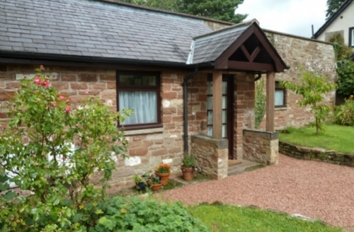 Snaptrip - Last minute cottages - Brampton Cottage S294 - Cherry Tree Cottage, self catering accommodation Hayton, nr Carlisle, Lakes Cottage Holidays