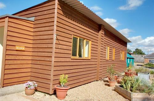 Snaptrip - Last minute cottages - Attractive Headcorn Rental S10406 - CB604 Exterior