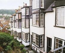 Snaptrip - Last minute cottages - Attractive Hastings Old Town Rental S10428 - RH1086 Exterior