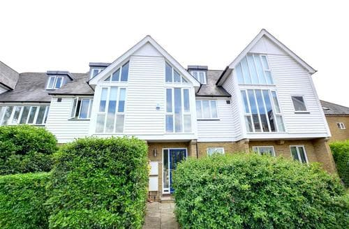 Snaptrip - Last minute cottages - Captivating Whitstable Rental S10431 - EK224 Exterior - view 2