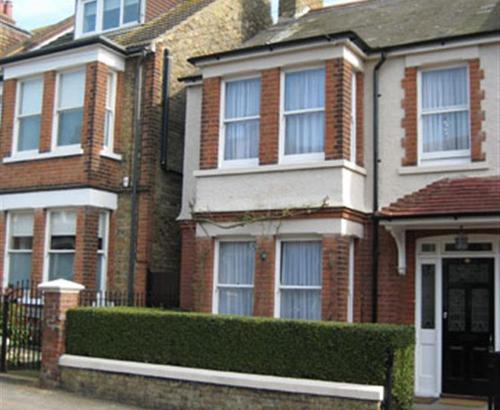 St Georges Road cc0301front 2
