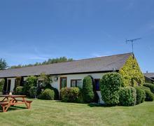 Snaptrip - Last minute cottages - Stunning Ash Rental S10447 - CC0063 Exterior