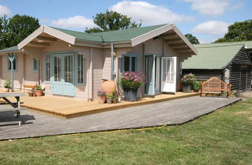 Snaptrip - Last minute cottages - Charming Biddenden Rental S10472 - CB592 Exterior