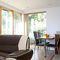 Snaptrip - Last minute cottages - Splendid Southampton Cottage S76062 -