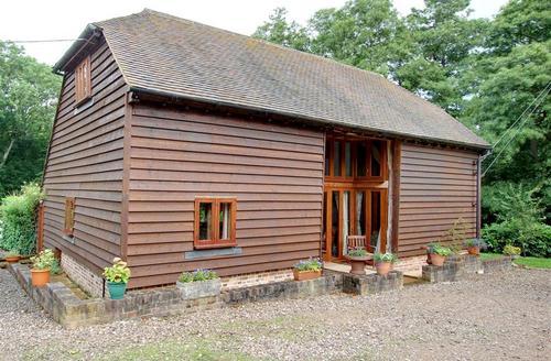 Snaptrip - Last minute cottages - Charming Hadlow Down Rental S10476 - SX848 Exterior