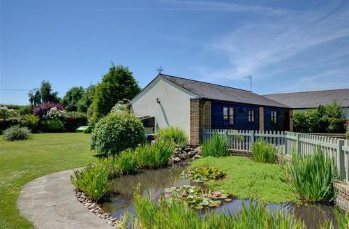 Snaptrip - Last minute cottages - Captivating Ash Rental S10560 - CC0066 Exterior