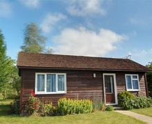 Snaptrip - Holiday apartments - Stunning Staplehurst Rental S10565 - CB587 Exterior
