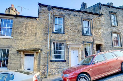 Snaptrip - Last minute cottages - Stunning Skipton Rental S10699 - Exterior