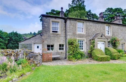 Snaptrip - Last minute cottages - Stunning Starbotton    Near Kettlewell Rental S10703 - Exterior - View1