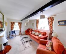 Snaptrip - Last minute cottages - Excellent Leyburn Rental S10774 - Sitting Room