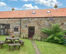 Snaptrip - Last minute cottages - Tasteful Newholm Nr Whitby Rental S10824 - Exterior View