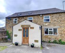 Snaptrip - Last minute cottages - Exquisite Masham Rental S10835 - Exterior View