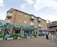 Snaptrip - Last minute cottages - Tasteful Brighton Marina Village Rental S12671 - Exterior