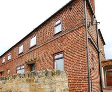 Snaptrip - Last minute cottages - Gorgeous Whitby Rental S10845 - Exterior