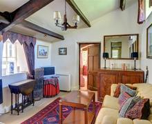 Snaptrip - Last minute cottages - Captivating Leyburn Rental S10846 - Lounge
