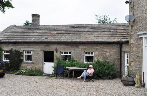 Snaptrip - Last minute cottages - Charming Leyburn Rental S10878 - ds021021