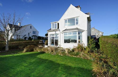 Snaptrip - Last minute cottages - Wonderful Abersoch Cottage S73765 - ANNEDD - Exterior