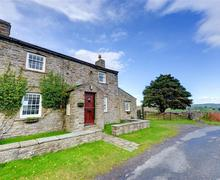 Snaptrip - Last minute cottages - Stunning Reeth Rental S10960 - Exterior