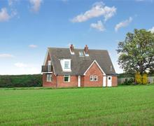 Snaptrip - Last minute cottages - Exquisite Liverton, Saltburn Rental S10989 - Exterior - View 1