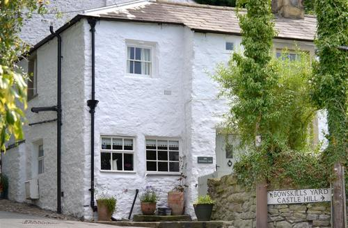 Snaptrip - Last minute cottages - Delightful Settle Rental S11009 - Exterior View