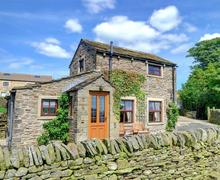 Snaptrip - Last minute cottages - Charming Silsden   Rental S11035 - Exterior - View 1