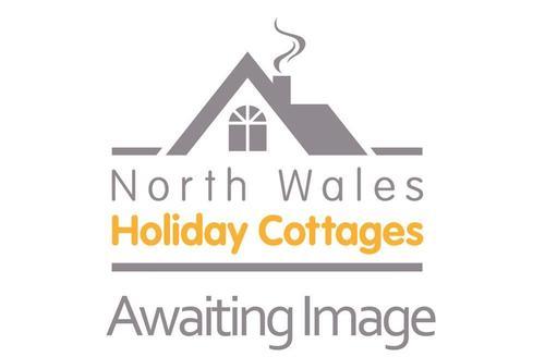 Snaptrip - Last minute cottages - Superb Llandudno Cottage S73332 - NWHC Awaiting Image 2015