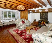 Snaptrip - Last minute cottages - Wonderful Snowdonia Cottage S42422 - Y-Fachell-lounge-1-15