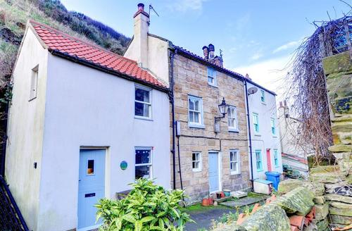 Snaptrip - Last minute cottages - Beautiful Saltburn By The Sea Rental S11074 - Exterior View