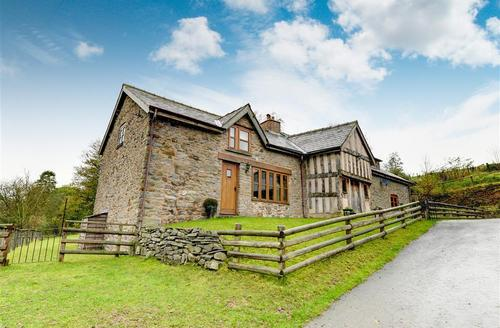 Snaptrip - Last minute cottages - Superb Llandrindod Wells Rental S11186 - Exterior