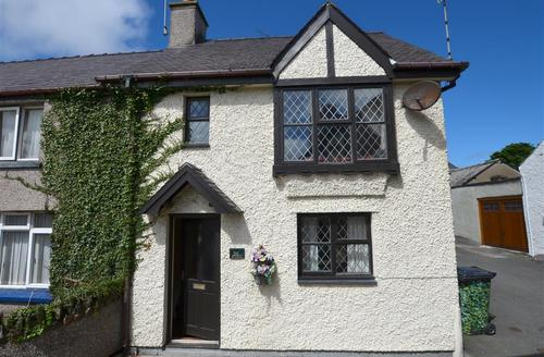 Snaptrip - Last minute cottages - Charming Cemaes Bay Rental S11219 - WAI197 - Exterior View 1