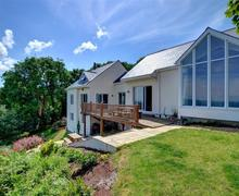 Snaptrip - Last minute cottages - Luxury Pembroke Rental S11252 - WAV537 - Exterior - View 1