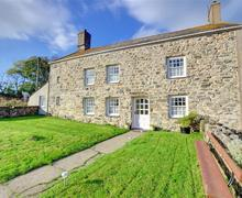 Snaptrip - Last minute cottages - Adorable Pwllheli Rental S11255 - Exterior - View 1