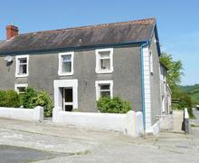 Snaptrip - Last minute cottages - Attractive Carmarthen Rental S11315 - Exterior