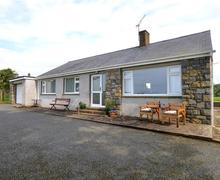 Snaptrip - Last minute cottages - Stunning Pwllheli Rental S11392 - WAG532 - Exterior - View 1
