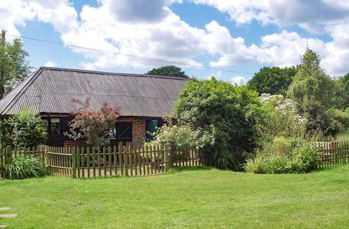 Snaptrip - Last minute cottages - Delightful Canterbury Cottage S13583 -