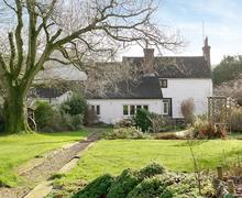 Snaptrip - Holiday cottages - Exquisite Brighton Cottage S44216 -
