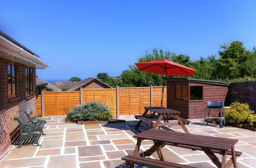 Snaptrip - Last minute cottages - Excellent Swanage Rental S11525 - WY338 - Back Garden