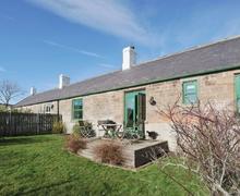 Snaptrip - Last minute cottages - Tasteful Wooler Cottage S14743 -