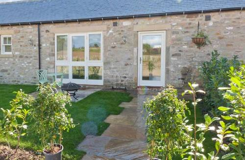Snaptrip - Last minute cottages - Luxury Dalton Cottage S11623 -