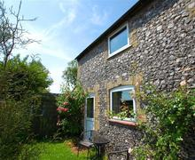 Snaptrip - Last minute cottages - Delightful Great Massingham Rental S11668 - Exterior