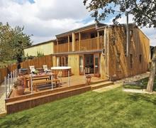 Snaptrip - Last minute cottages - Delightful Tewkesbury Cottage S16331 -