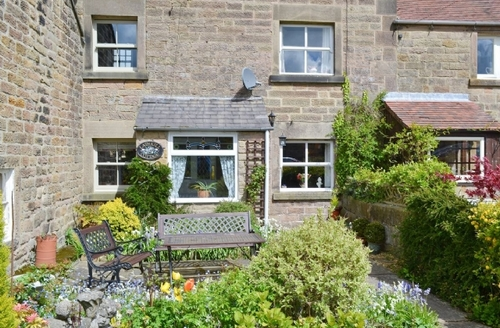 Snaptrip - Last minute cottages - Stunning Bakewell Cottage S16469 -