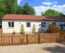 Snaptrip - Last minute cottages - Adorable Welborne Rental S11703 - Exterior