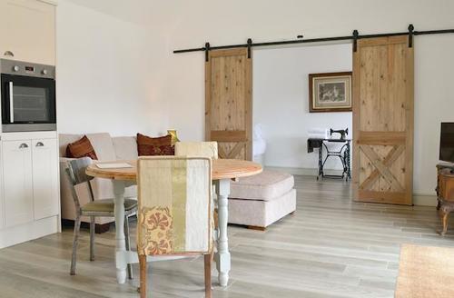 Snaptrip - Last minute cottages - Luxury Cambridge Cottage S58103 -