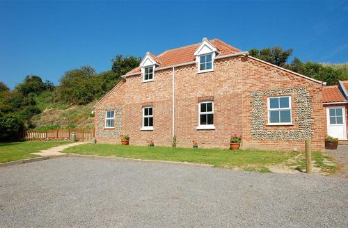 Snaptrip - Last minute cottages - Stunning Great Yarmouth Rental S11767 - 1293exterior