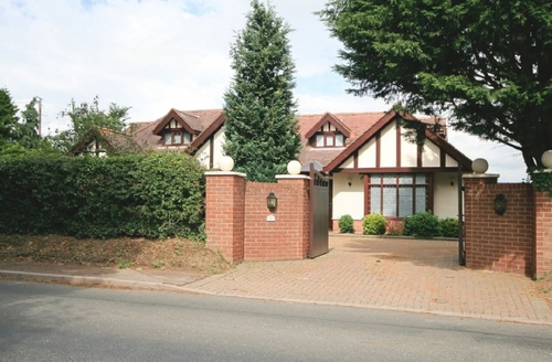 Snaptrip - Last minute cottages - Inviting Wroxham Cottage S17752 -
