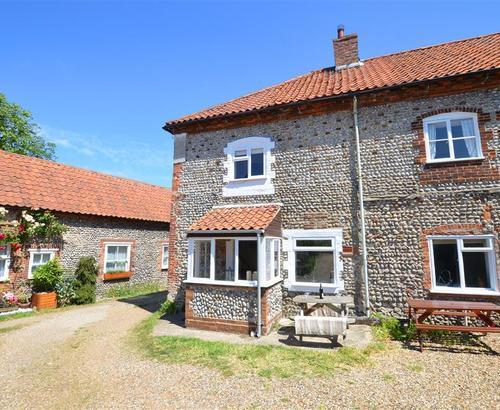 Dotty's Cottage Exterior