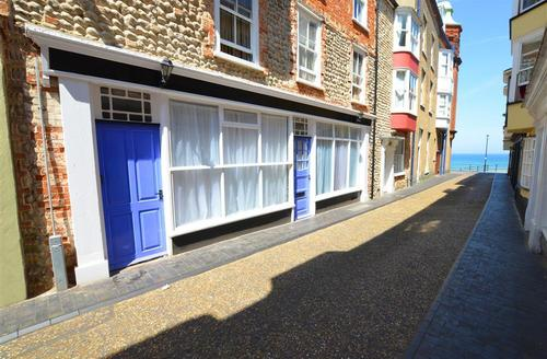 Snaptrip - Last minute cottages - Charming Cromer Rental S11840 - Exterior