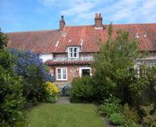 Snaptrip - Last minute cottages - Beautiful Burnham Market Rental S11848 - Exterior View